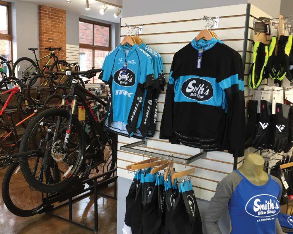 Bike Jersey Branding: Advertising in Motion